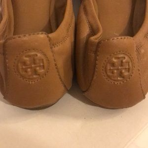 Tory Burch Shoes - Tory Burch Eddie flats